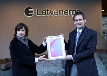 Latvenergo saņem Nasdaq balvu par labākajām investoru attiecībām